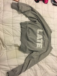 Gray and white garage sleeep sweater Sherwood Park, T8H 0N9