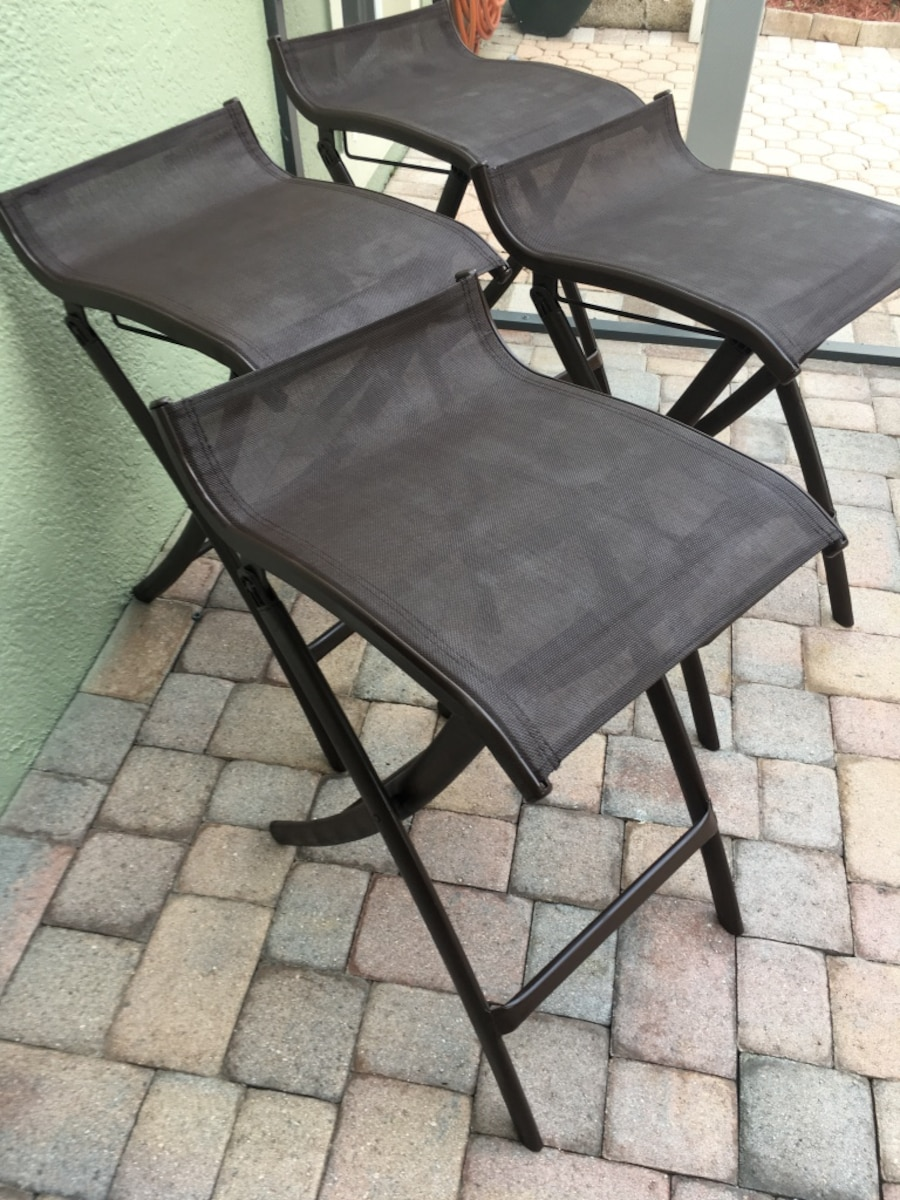 4 Brown Backless Mesh Outdoor Patio Bar Stools in Orlando  : 80f8267c3a4b04e80a7cdf7eb5b8af66 from us.letgo.com size 900 x 1200 jpeg 262kB