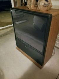 Big 50 something inch tv - read ad  Roseville, 48066