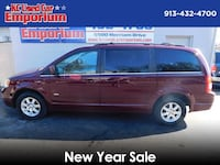Chrysler Town & Country 2008 Shawnee, 66203