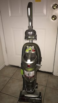 gray and black upright vacuum cleaner Augusta, 30907
