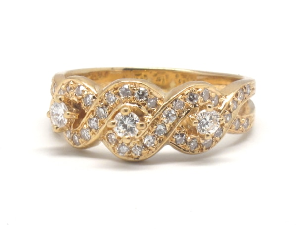 Ladies 14K Diamond Cocktail Ring