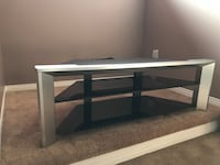 Sony widescreen TV stand Smith-Ennismore-Lakefield, K0L