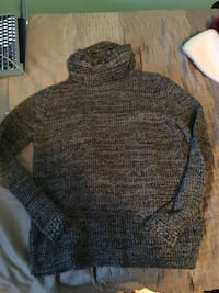 gray and black knitted sweater Mississauga, L5N 7A2