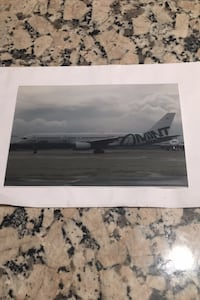 Mint Airways Boeing 757 Aircraft photograph Los Angeles, 90049