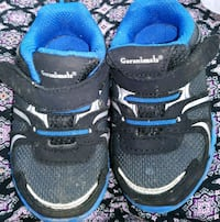 pair of black-and-blue Nike sneakers Windsor Heights, 50324