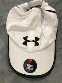Under armour hat. New with tags. Says men but can be worn for women too. One size fits all.  Bellefontaine, 43311