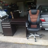 Computer desk Black and brown leather rolling armchair