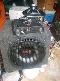 thunder amplifier 450w box and 2 speakers
