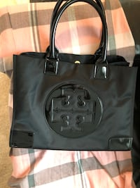 Tory Burch Tote Bag Vancouver, V5S 1Y9