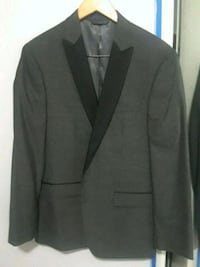 black notch lapel suit jacket Fairfax, 22030