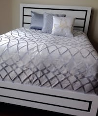 New Black & White Queen Bed  Silver Spring