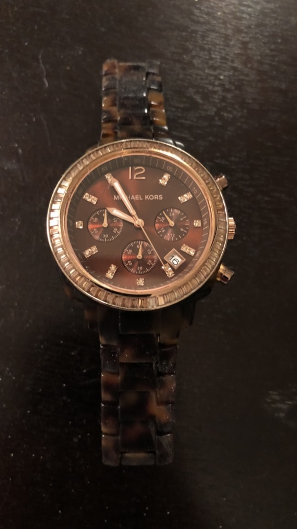 f8f7814814f4 Used Round turtle shell Michael Kors watch for sale in Milwaukee - letgo