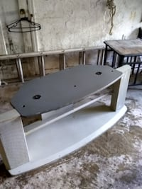 TV STAND IN PENN HILLS
