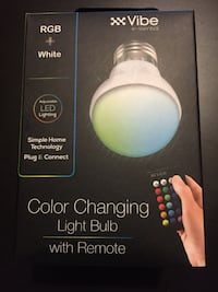 Color changing light bulbs with remote