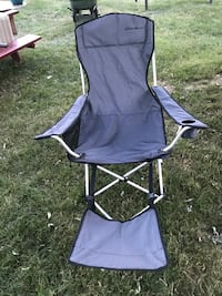 purple and white camping chair Grand Blanc, 48439