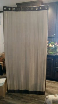Doorwall curtains have both they are nice Saginaw, 48603