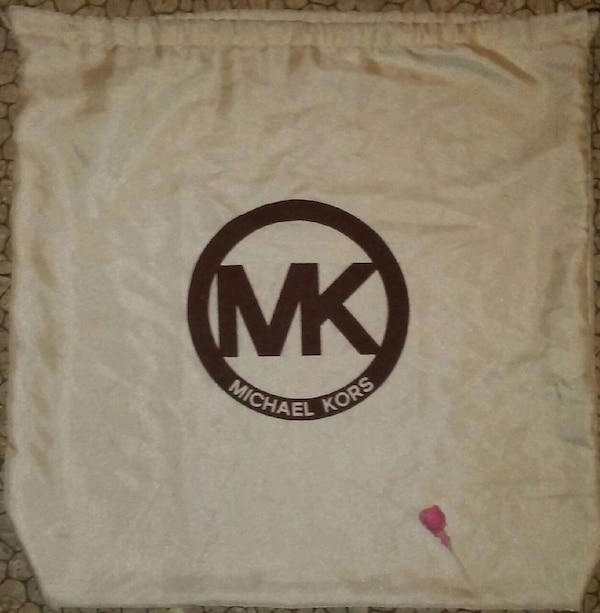 306c2af246 ... Michael Kors silky laundry bag new styles 94471 8198b ...