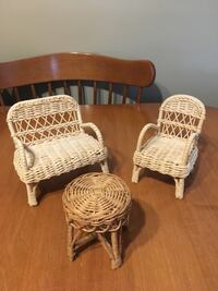 Wicker Barbie furniture chairs and table  Niagara Falls, L2H 1X3