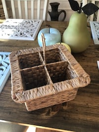 Pier One utensil divider. Perfect for the deck!!! Germantown, 20876