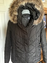 Barely used ,removable hood.Pick up at Dufferin-Rogers /Bloor-Kipling. Toronto, M9C 1C9