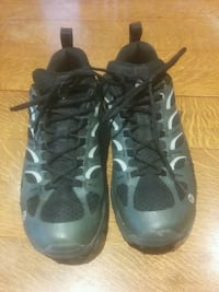 Merrell trail shoes Canmore, T1W 2Z6