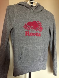 kids XXL roots sweater Cambridge, N1R 7E9