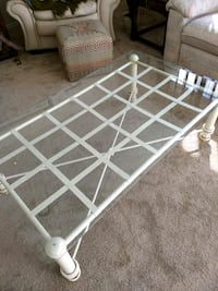 Coffee table and end table Massillon, 44646