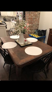 Antique dining table  Youngsville, 70592