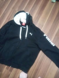 Puma (L) Black and white zip up hoodie Edmonton, T5A 0Z8