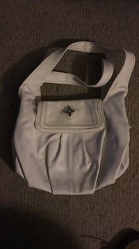 White leather handbag Maple Park, 60151