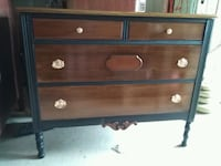 Antique Canadiana Dresser/Sideboard/TV Console Whitchurch-Stouffville