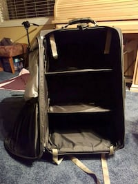 Samsonite Suitcase with Shelves