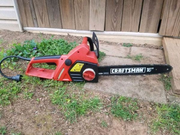 "Craftsman 16"" electrical chain saw"
