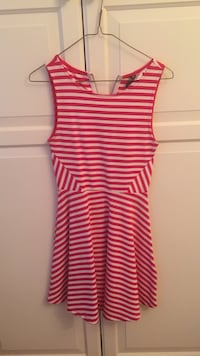 women's red and white striped sleeveless dress