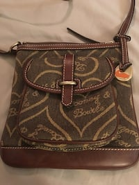 Dooney and Bourke purse like new  Conway, 29527