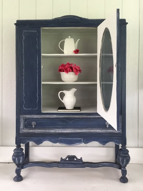 Antique China Cabinet 1