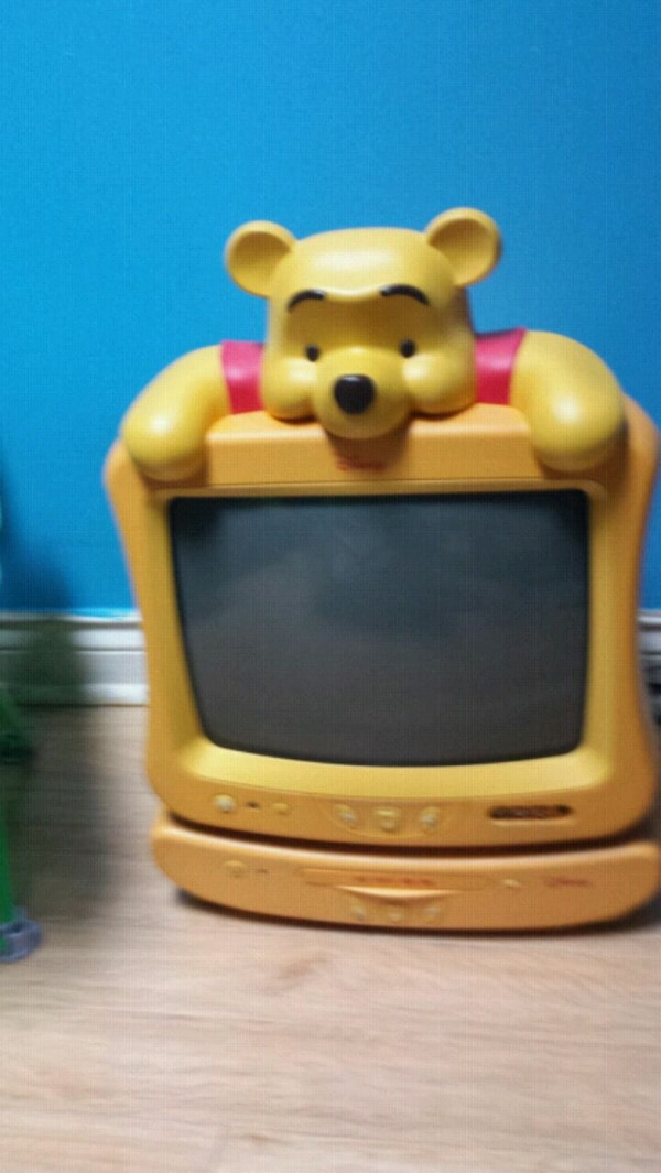 Winnie the Pooh TV and DVD player combo