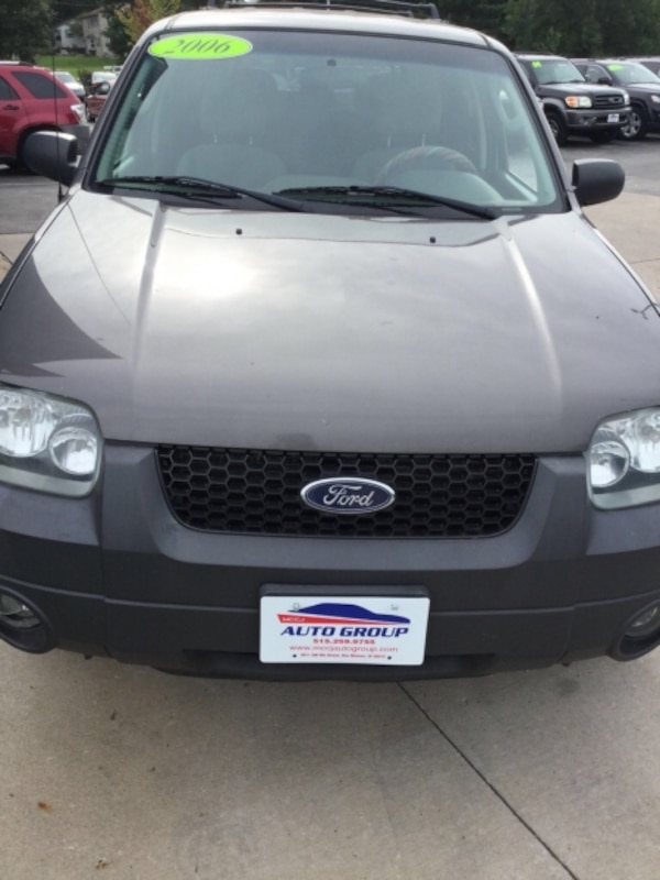 2006 Ford Escape 4dr 3.0L XLT GUARANTEED CREDIT APPROVAL 8e9aaee7-8c98-4655-9a41-32da550aa583