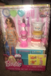 Barbie Stacey doll cooking and baking set Minneapolis, 55419