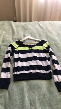 Long sleeved shirt. Used From Garage size xs Toronto, M8W 1G5