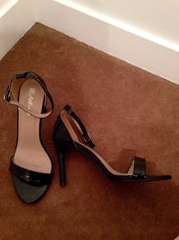 New black sandal high heels Toronto, M5J 1J5