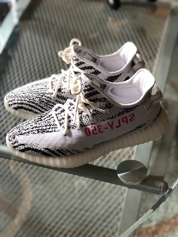 eadb58d1d Used pair of gray Adidas Yeezy Boost 350 v2 for sale in Fayetteville - letgo