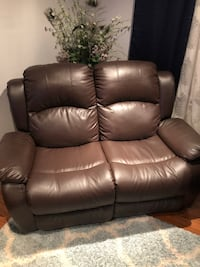Brown leather 2-seat recliner sofa Rockville, 20850