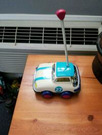 blue and white ride on toy car Collingwood, L9Y 3Z1