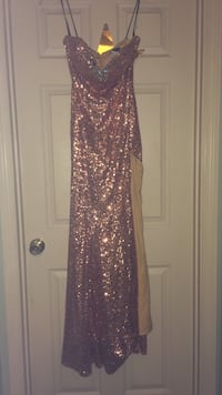 Size 6 Rose Gold Sequin Formal Gown Douglasville, 30135
