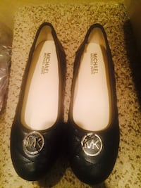 Michael kors girls shoes