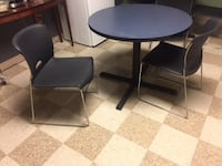 Kitchen Table and Chairs in Good Condition FALLSCHURCH