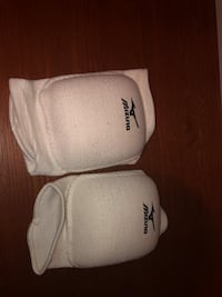Volleyball knee pads  Edmonton, T6T 0A5