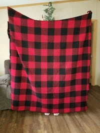 Red & Black checked throw  Coatesville, 19320